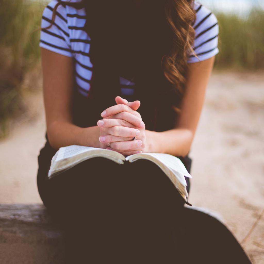 Deus concede dons ministeriais às mulheres? Uma Perspectiva Paulina.